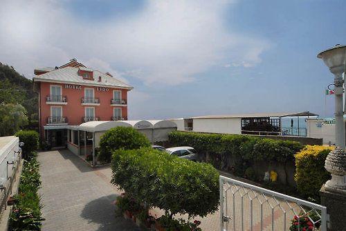 HOTEL LIDO DEIVA MARINA - Deiva Marina, Italien